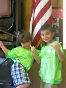 July 2012: Spending Home Leave in the USA. During a family Reunion, kids get to 'show their colors!