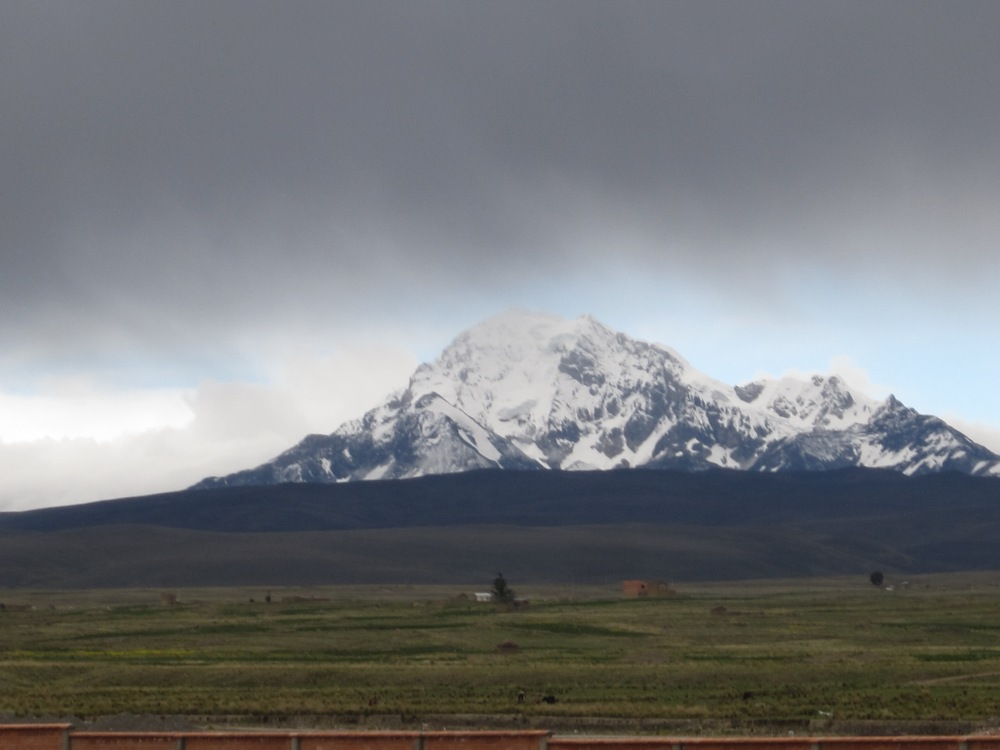 Photo Project: 52 Bolivian Sundays [week 5, 'Unique']: the highest mountain in the Cordillera Real. (4/6)