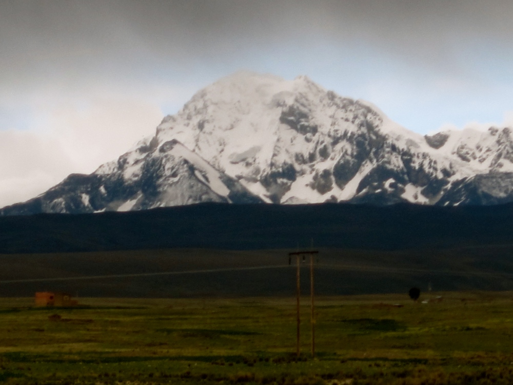 Photo Project: 52 Bolivian Sundays [week 5, 'Unique']: the highest mountain in the Cordillera Real. (2/6)