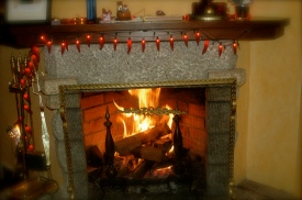 Too cold outside? Let's enjoy dessert inside, by the fireplace!